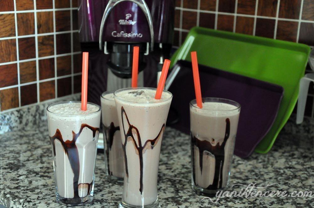 çikolatalı milkshake
