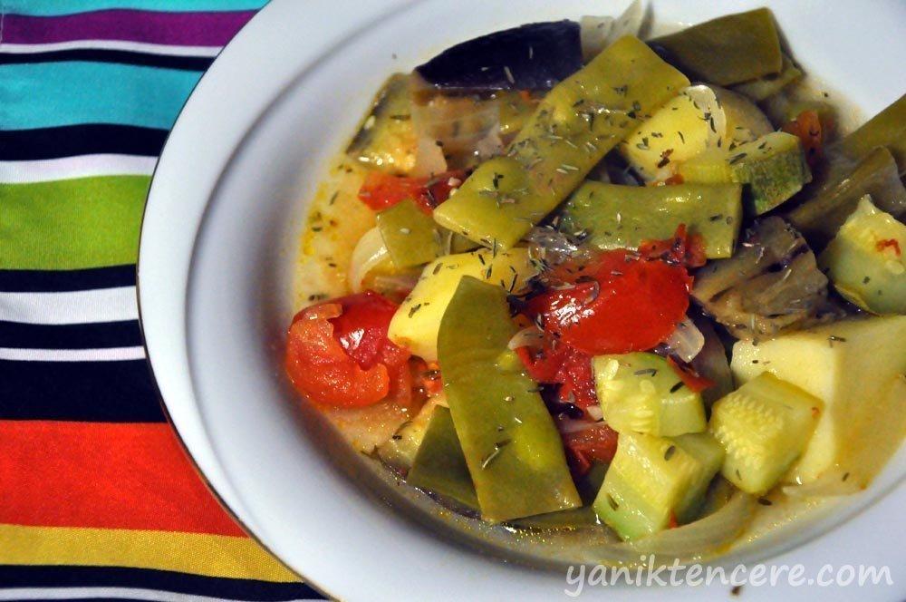 fırın poşetinde sebzeler